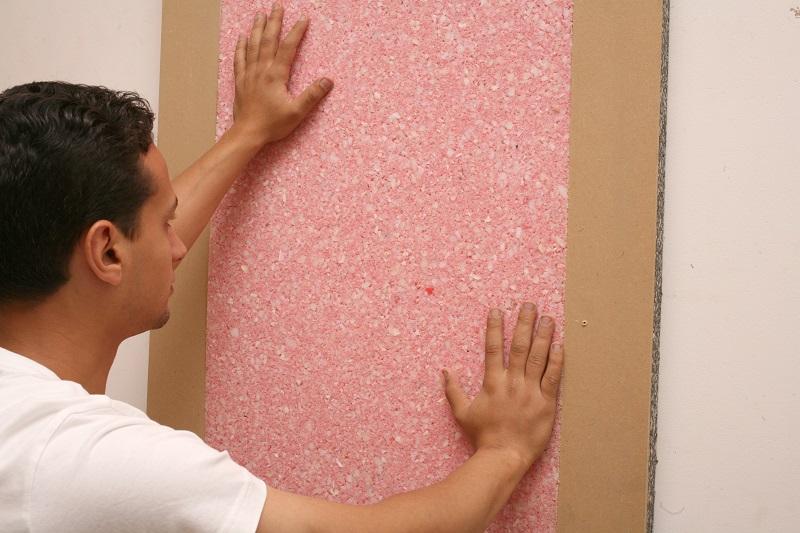 Pose mousse isolant phonique mural